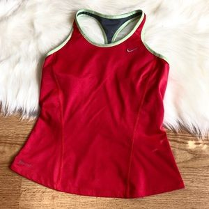 Nike workout tank top athletic red size:S
